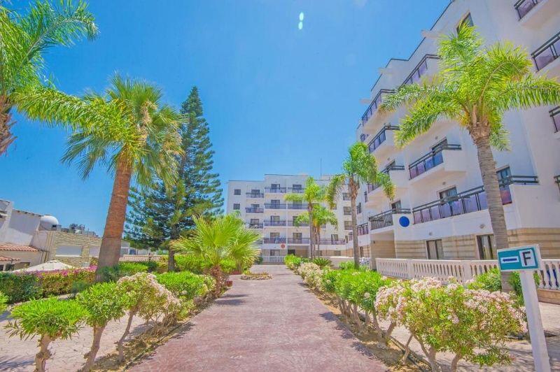 Marlita Hotel Apartments 3 *