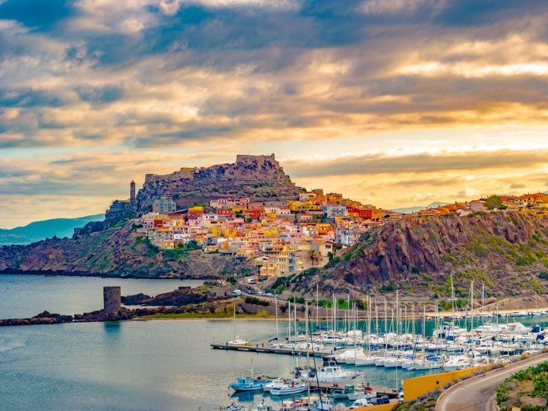 Sur Les Routes De Sardaigne - De Olbia à Olbia