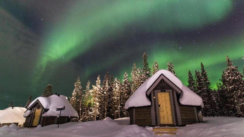 Northern Lights Village 4 *