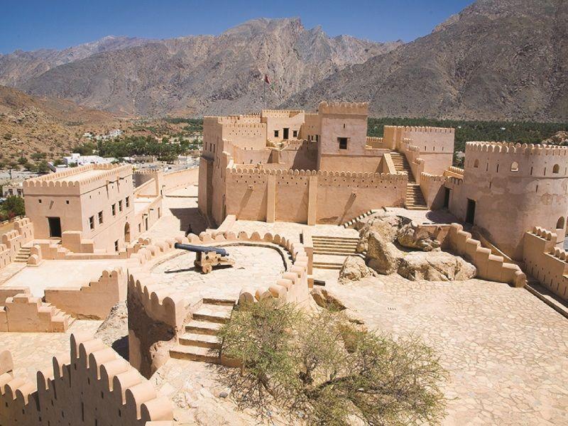 Oman : Mer Montagnes et Deserts - De Mascate à Mascate 4 *