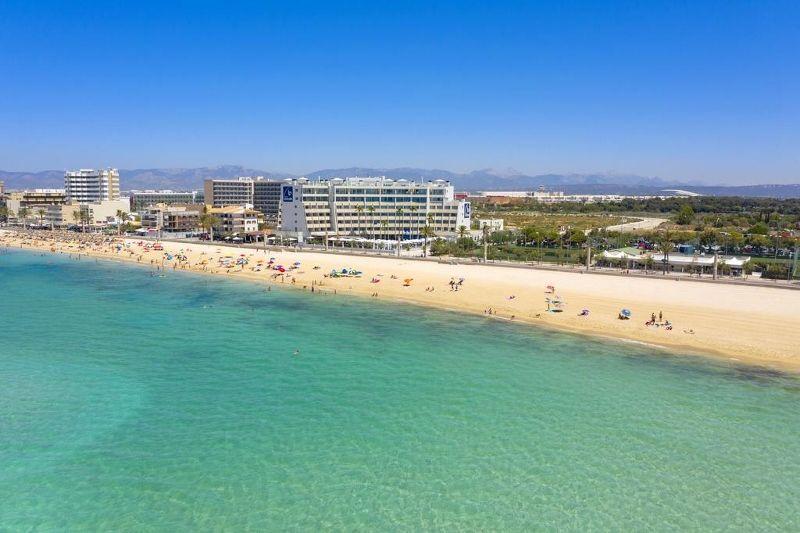 Aparthotel Fontanellas Playa 4 *